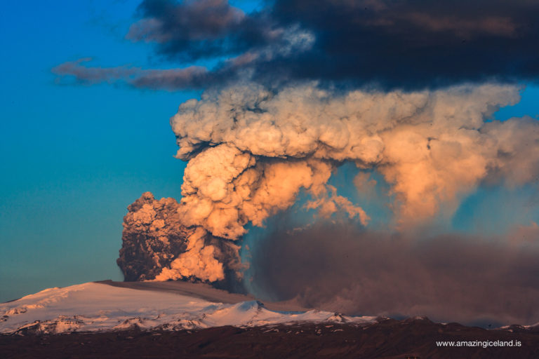 Sunset on ash cloud in the 2010 eruption of Eyjafjallajokull volcano on the south coast of Iceland