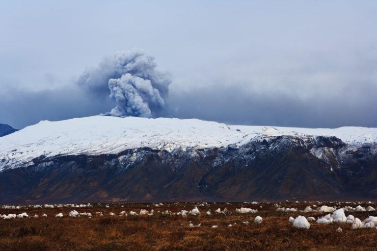 Eyjafjallajökull eruption seen from fljótshlíð in the 2010 eruption of Eyjafjallajokull volcano on the south coast of Iceland