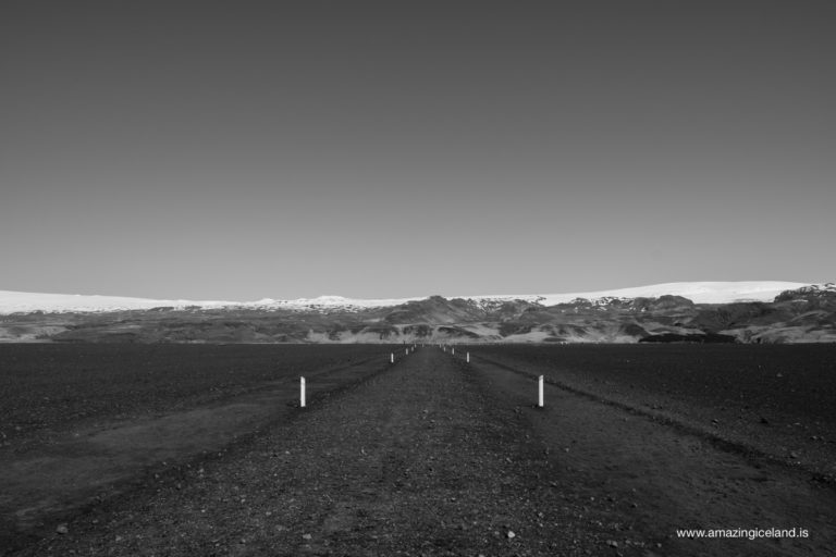 Road from Douglas C-117 Plane wreck on south coast of Iceland