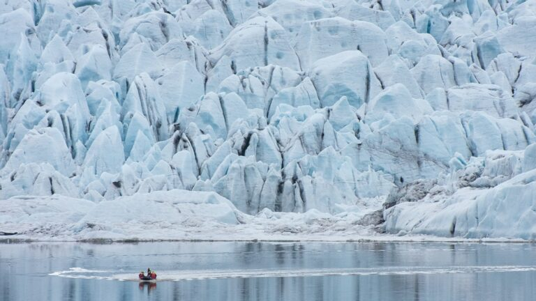 Fjallsárlón - Iceberg boat tour