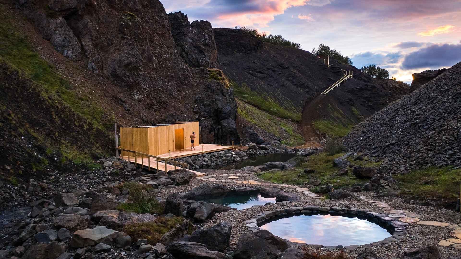 husafell canyon baths